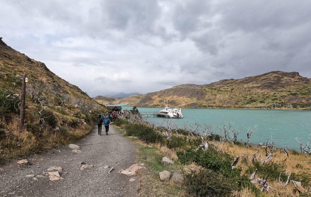 Catamaran for Lago Pehoe